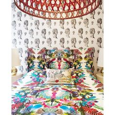"""Thanks to the architect Denis Kosutic, wake up in good mood with Christian Lacroix Maison """"Caribe"""" fabric and """"Wild Nature"""" cushion. #ChristianLacroix #ChristianLacroixMaison #Lacroix #Bedroom #Deco #DesignersGuild #MixAndMatch"""