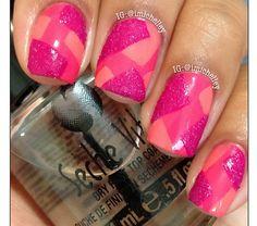 Pinks tape mani