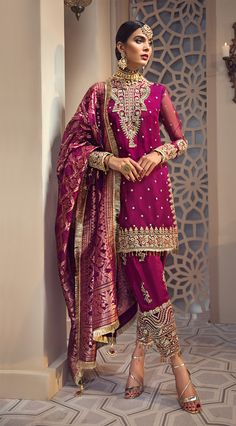 Anaya by kiran chaudhry x kamiar rokni wedding collection 2019 akw- shirin Latest Pakistani Dresses, Pakistani Fashion Casual, Pakistani Wedding Outfits, Indian Dresses, Indian Outfits, Indian Fashion, Pakistani Clothing, Wedding Hijab, Lehenga Wedding