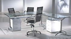 Glass Furnitures Add Style To Your Homes And Offices6