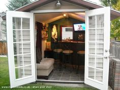 Backyard Sheds Turned Into Pubs Forget the indoor bar area! Build a Pub Shed!Forget the indoor bar area! Build a Pub Shed! Backyard Bar, Backyard Sheds, Outdoor Sheds, Backyard Office, Backyard Landscaping, Patio Bar, Backyard Designs, Lofts, Casas Club