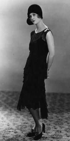 Joan Bennett, January 1928   - HarpersBAZAAR.com