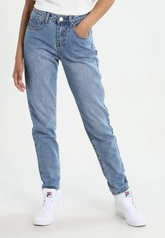 Lost Ink. MOM - Tapered-Farkut - light-blue denim. päällikankaan materiaali 1fa5201942