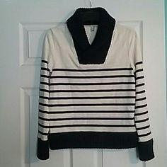 J.Crew shawl collar sweater Navy and cream striped top with knitted collar and cuffs. Sleeves body of top are more like a thick tshirt material. Size XS but would fit up to a 6 maybe. I wear an 8 and i can put this on (but its tight). Pre worn but in vry good condition. J. Crew Sweaters Crew & Scoop Necks