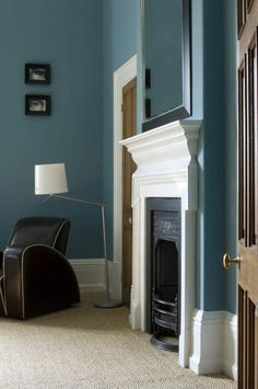 Farrow & Ball: wall: Stone Blue No.86 Estate Emulsion, woodwork: All White No.2005 Estate Eggshell