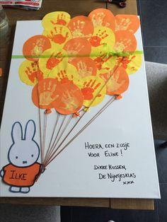 Paper Crafts, Diy Crafts, 2nd Baby, Pre School, Party Gifts, Diy Tutorial, Children, Kids, Presents