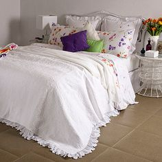lovely #white #bedspread