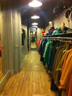 20.) La Caverne à Fripes     25 rue Houdon, 18th, Metro Abbesses    This place is known especially for being an ACTUAL hole in the wall. As you step through the little door on rue Houdon, you'll enter in the claustrophobic world of loveliness. Here you'll find mainly coats, bags and boots.