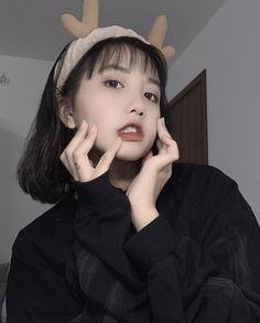 Save if you like Ulzzang Korean Girl, Cute Korean Girl, Short Grunge Hair, Girl Day, Kawaii Girl, Cool Girl, Korean Fashion, Hot Girls, Hair Styles