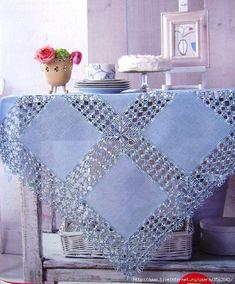 Скатерть (ткань+крючок). Обсуждение на LiveInternet - Российский Сервис Онлайн-Дневников Crochet Tablecloth, Crochet Doilies, Crochet Lace, Diy Crafts Crochet, Diy And Crafts Sewing, Crochet Blanket Patterns, Baby Blanket Crochet, Crochet Dress Girl, Crochet Clothes