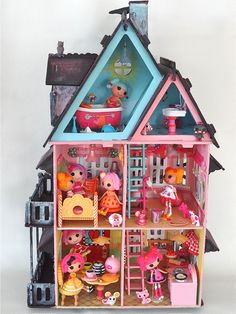 Marina's Art Dolls: The haunted lake house