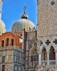 """Exquisite Consonance"" - Piazza San Marco - Venezia  #photobydperry #loves_united_europe ##wp #Italia_super_pics #ig_italy #ig_rome #pocket_family #spgitaly #igerslazio #loves_united_italia #ilikeitaly #italia_dev #pocket_Italy #gallery_of_all #total_Italy #loves_united_team #yallerslazio  #italy_hidden_gem #igw_italy #fdnf #europestyle_ #ig_lazio #nikontoday #unlimitedrome #my_rome #thehub_italia #super_roma_channel #lazio_illife #romamore #tv_monuments"