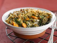 Crumble met kastanjes, linzen, noten, zoete aardappel, wortel en raap