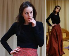 suicideblonde:    Michelle Dockery inrehearsalfor Uncle Vanya  HER NATURAL POSE, AND SHE IS SO SO VERY BEAUTIFUL.
