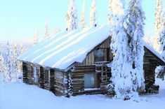 Karpalo, Ruka Cabin, House Styles, Home Decor, Decoration Home, Room Decor, Cabins, Cottage, Home Interior Design, Wooden Houses