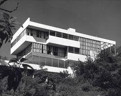 LOVELL HEALTH HOUSE by NEUTRA (1929)