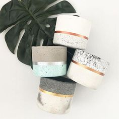 Cement Added a little metallic to my pots. Which is your Fav? I really can't decideCrafts Cement Added a little metallic to my pots. Which is your Fav? I really can't decide Cement Art, Concrete Crafts, Concrete Projects, Concrete Furniture, Diy Concrete Planters, Diy Planters, Concrete Garden, Succulent Planters, Succulents Garden