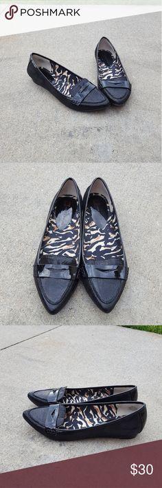 Anne Klein flex black pointed toe flats Worn once Size 8  Pointed toe Flex No Trades Anne Klein Shoes Flats & Loafers