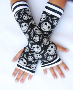 Nightmare before Christmas Skull fingerless by Steampunkwolf