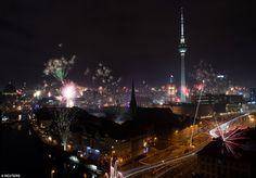 Happy New Year 2020 Around the World – Part 1 – Daily Mail New Years Eve Fireworks, Best Fireworks, New Year's Eve Celebrations, New Year Celebration, Happy New Year Everyone, Happy New Year 2020, New Year In Scotland, Edinburgh Hogmanay, New Years Hat