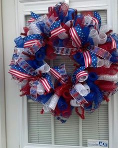 4th of July Wreath by BCsCraftyCreations on Etsy https://www.etsy.com/listing/181640915/4th-of-july-wreath