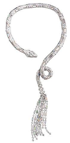 Boucheron Serpent Opalescent necklace