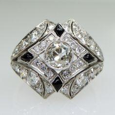 Antique Art Deco Platinum Diamond & Onyx Ring (hva)