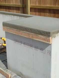 Kitchen Countertops DIY concrete counter-tops…best tutorial for this I have seen Outdoor Kitchen Countertops, Diy Concrete Countertops, Custom Countertops, Bathroom Countertops, Laminate Countertops, Built In Grill, Outdoor Kitchen Design, Outdoor Kitchens, Patio Design