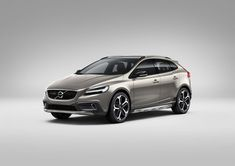 Volvo V40 Cross Country (facelift 2016) 2.0 D4 (190 Hp) #cars #car #volvo #v40 #fuelconsumption