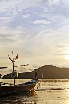 Your Perfect Week in Thailand We asked Phuket local, Lee Cobaj to map out a seven-day itinerary that covers Thailand's best.