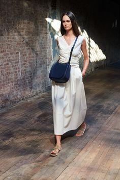 The Row, New York Fashion Week, Frühjahr-/Sommermode 2015 Fashion Mode, New York Fashion, Fashion Show, Womens Fashion, Fashion Design, Runway Fashion, Style Fashion, The Row, Looks Chic