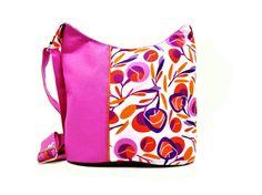 sac bandouliere femme rose a motif floral graphique par tchaiwalla