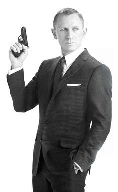 Daniel Craig sporting a classic Bond style. Wish I could make a suit look this good.