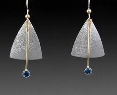 Ron Runtenelli - Invert shield earrings #740 Funky Jewelry, Jewelry Art, Jewelry Gifts, Jewelery, Handmade Jewelry, Jewelry Design, Nice Jewelry, Copper Earrings, Gemstone Earrings