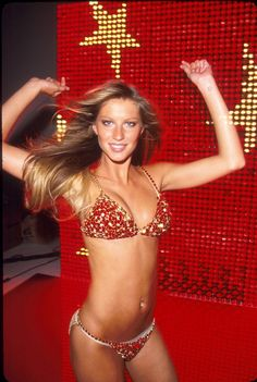 Pin for Later: What 20 Starlets Were Doing at Age 20 Gisele Bündchen