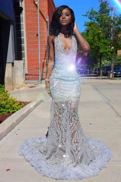 prom dresses black girls slay ~ prom dresses + prom dresses long + prom dresses 2020 + prom dresses black girls slay + prom dresses short + prom dresses two piece + prom dresses blue + prom dresses long with sleeves Black Girl Prom Dresses, Senior Prom Dresses, Prom Dresses Two Piece, Prom Dresses For Teens, Unique Prom Dresses, Prom Dresses Long With Sleeves, Prom Outfits, Beautiful Prom Dresses, Dress Prom