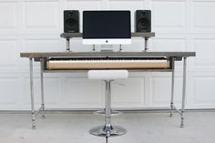 Deluxe Musician's Recording Desk - Unfolding Life