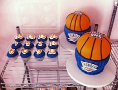 okc thunder cupcakes | team for Two Huge Thunder Cupcake Cakes & a set of matching cupcakes ...