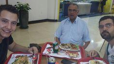 Tio Dico e Marlon almoçando com Thiago