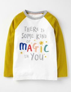 Magic Raglan T-shirt