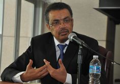 Dr. Tedros addresses participants at a meeting with members of the Ethiopian Diaspora in Washington DC