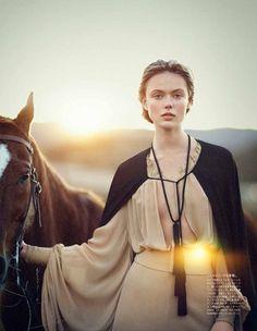 Tassel Necklase: Vogue 2013