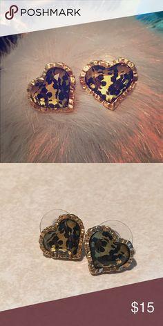 Betsey Johnson camo heart earrings Camo design Betsey Johnson brand earrings. Great condition. Betsey Johnson Jewelry Earrings