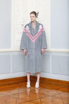 Alena Akhmadullina Fall 2018 Ready-to-wear Fashion Show Collection