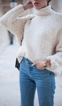 The Perfect Chunky Turtleneck Sweater (Le Fashion) - Fashion Trends Street Style Outfits, Mode Outfits, Casual Outfits, Simple Outfits, Jean Outfits, School Outfits, Looks Cool, Looks Style, Fall Winter Outfits