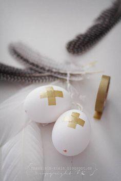 Ostereier Maskingtape bekleben