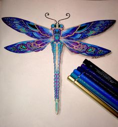 Johanna Basford Enchanted Forest Floresta Encantada Dragonfly Libélula ♥≻★≺♥LoVe ~ it's Beautiful ! Johanna Basford Enchanted Forest, Enchanted Forest Coloring Book, Coloring Books, Coloring Pages, Adult Coloring, Dragonfly Tattoo Design, Dragonfly Drawing, Tattoo Designs, Joanna Basford