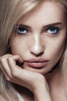 Brigitte - Follow me on Instagram for more:  www.instagram.com/maja_topcagic  Model / Brigita C.