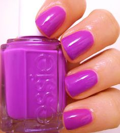 Cosmetish: Essie DJ Play That Song