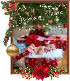 vánoční přání - přáníčka 074 Christmas And New Year, Merry Christmas, Christmas Wreaths, Christmas Ornaments, Santa, Holiday Decor, Image, Home Decor, Sexy